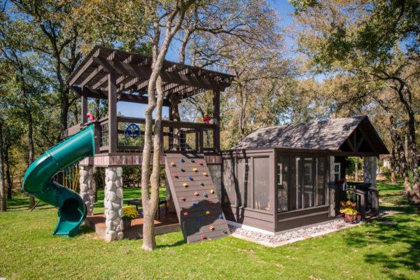 Custom playhouse made by Wish To Play   www.wishtoplay.com
